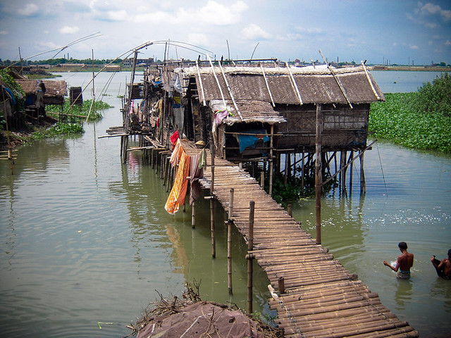 Stilt houses, coping with climate change. Dhaka, Bangladesh © Development Planning Unit University College London