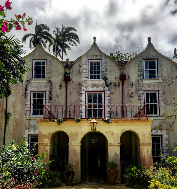 Saint Nicholas Abbey Barbados © pwbvaker/Flicker