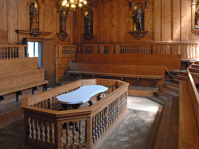 Anatomical theatre of the Archiginnasio (Bologna) © Dalbera/Flickr