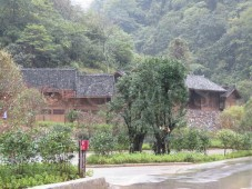 traditional-timber-dwellings-reused-to-house-site-management-office-and-tourist-facilities
