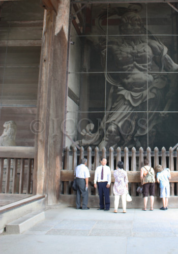 guardians-todaiji-entrance-2010