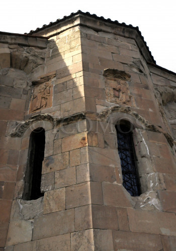 46-ashlars-and-decorative-relief-elements-on-the-facades-of-jvari-great-church