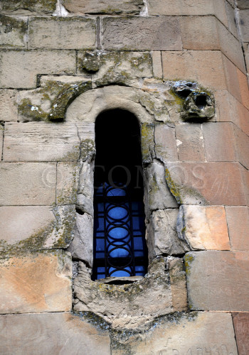 52-decorative-relief-elements-on-the-facades-of-jvari-great-church-face-serious-erosion-problems