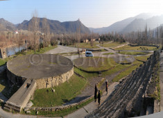 89-outdoor-theater-at-the-foot-of-bebris-tsikhe-castle