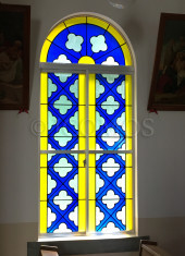 hisaka-church-stained-glass-window-detail