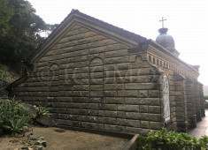 kashiragashima-church-from-the-rear-showing-dummy-wondows