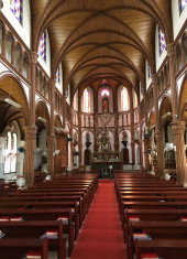kuroshima-church-interior-view-towards-altar