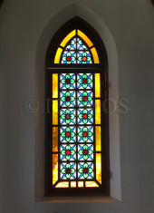 nozaki-chirch-stained-glass-window-detail
