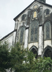 oura-cathedral-exterior-view-of-the-main-facade