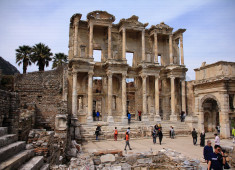 turkey-izmir-ephesus-the-library-of-celcus-01