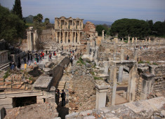 turkey-izmir-ephesus-the-library-of-celcus-02