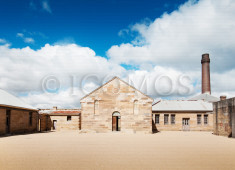 cockatoo-island-convict-barracks-courtyard-credit-stephen-fabling-2013
