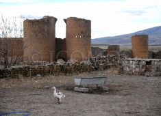 26-kars-gate-today