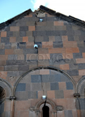 106-ani-cathedral-installed-gauge-instruments-on-the-top-of-east-facade