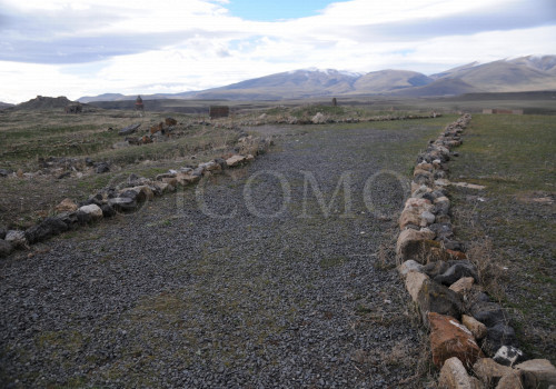 251-the-main-footpath-in-the-archaeological-site