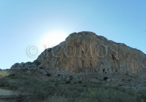 41-north-face-of-la-pena-de-los-enamorados-ref-caves-with-rock-artcopy