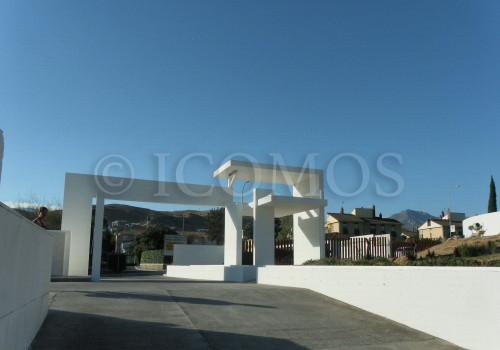 105-site-entrance-architecture-copy